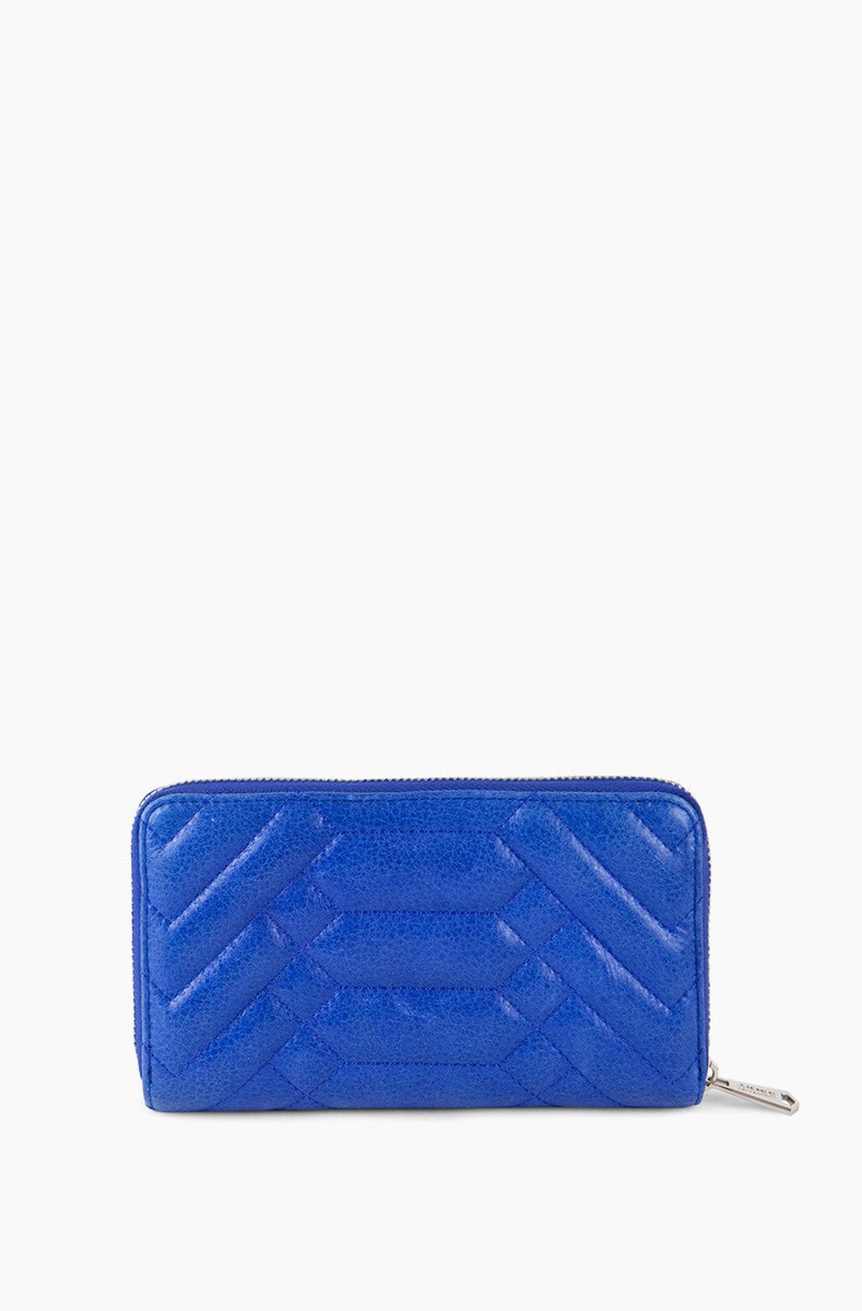 Scene Stealer large zip around wallet